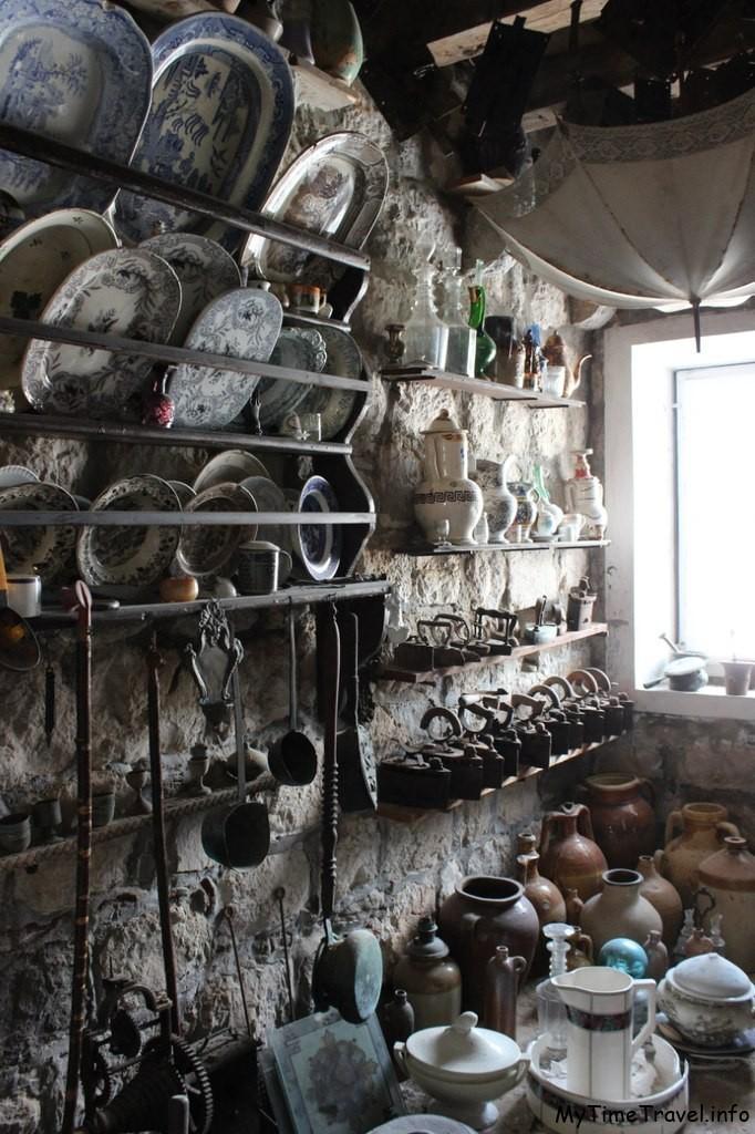 Музей при церкви Богородицы на Утесе