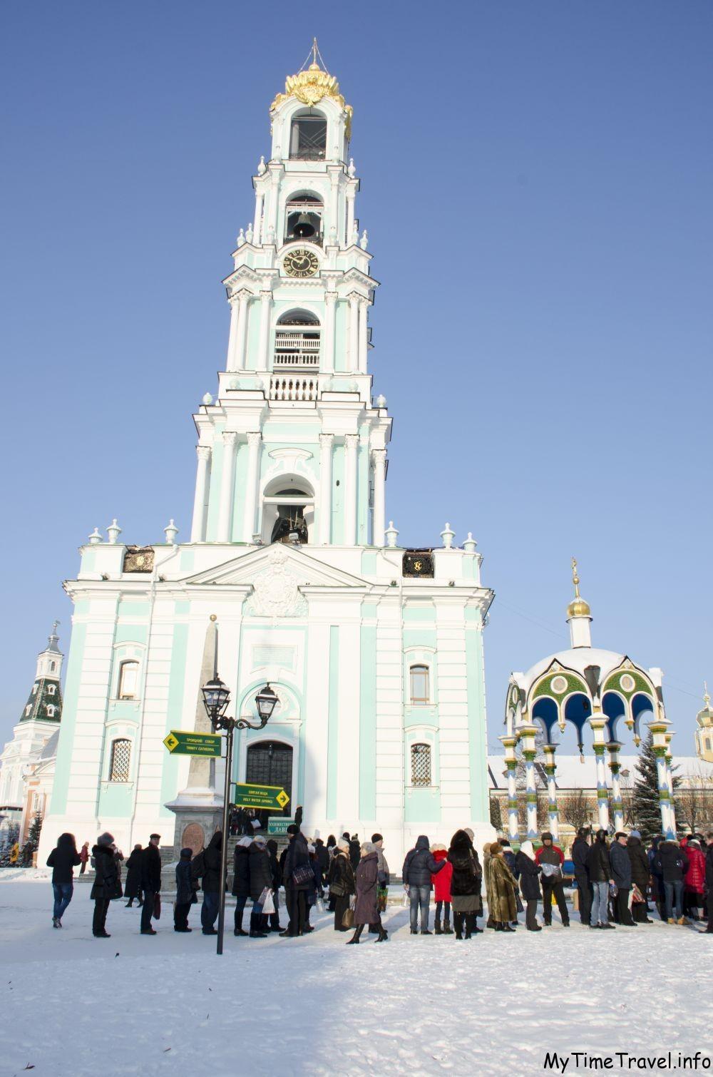 Колокольня Успенского собора в Сергиев Пасаде