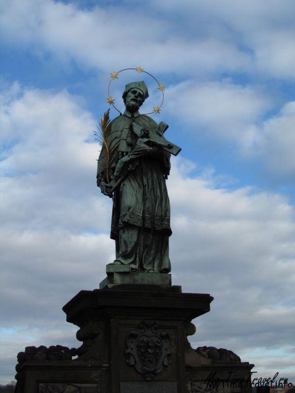 Памятник Яну Непомуцкому