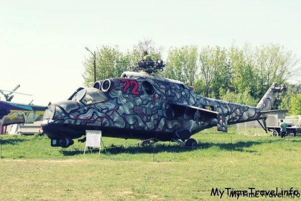 Выставка ретро автомобилей в Киеве