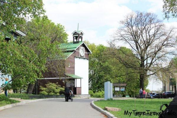 Часы Свято-Троицкого Ионовского монастыря
