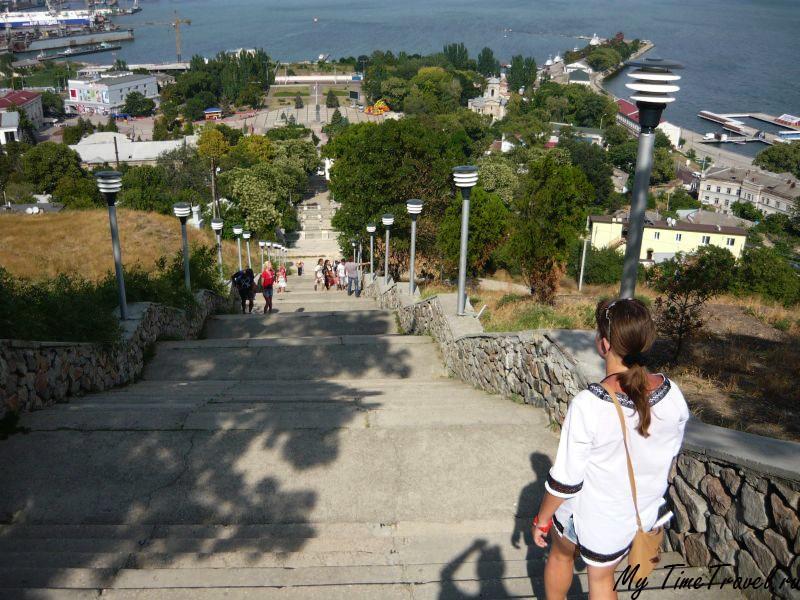Лестница с горы Митридат