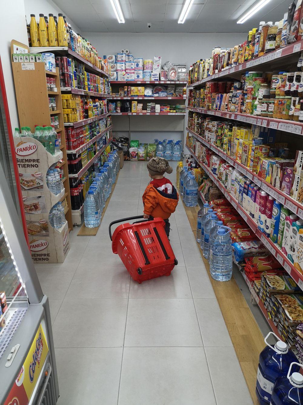 Товары для детей в магазинах Барселоны