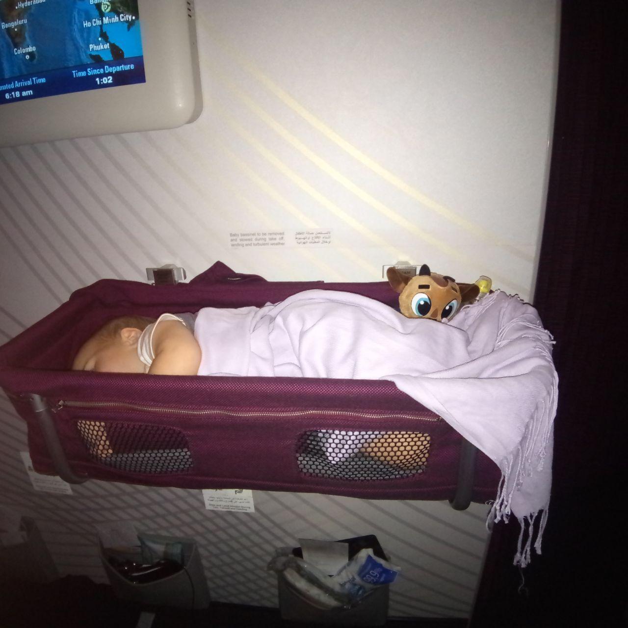Полет на самолете с маленьким ребенком