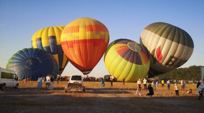 Фестиваль воздушных шаров недалеко от Киева