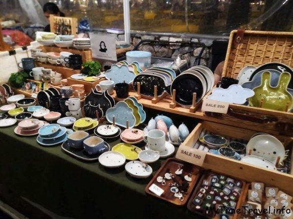 Цикада маркет или рынок выходного дня в Хуа Хине