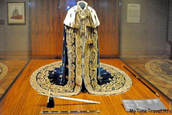 Коранационный наряд Императора Фединанда I австрийского