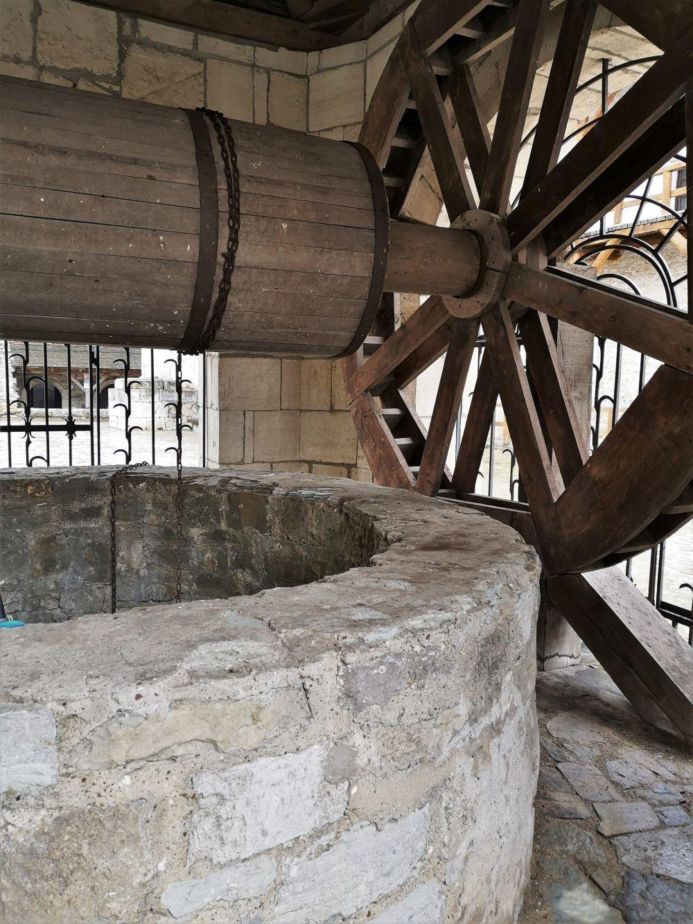 Колодец Хотинской крепости